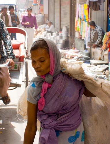 Old Delhi - street vendor