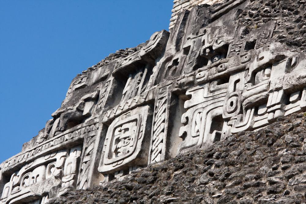 Xunantunich in Belize - stucco decoration